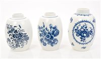 Lot 6 - Three 18th century Worcester blue and white...