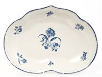 Lot 7 - 18th century Worcester blue and white...