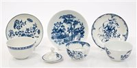 Lot 10 - 18th century Worcester blue and white tea bowl...