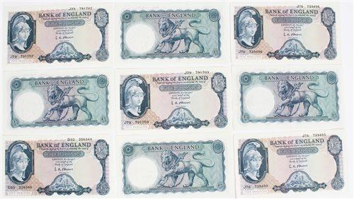 Lot 16 - Banknotes - G.B. QEII O'Brien. Series 'B'...