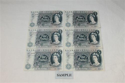 Lot 18 - Banknotes - G.B. QEII. Series 'C' Hollom blue...