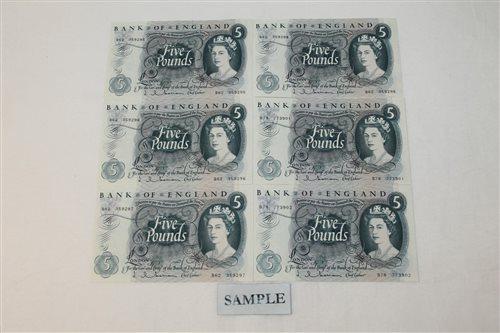 Lot 21 - Banknotes - G.B. QEII. Series 'C' blue Five...