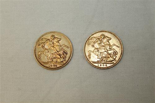 Lot 32 - G.B. gold Sovereigns - Victoria Y.H. Rev:...