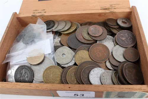 Lot 53 - World - mixed Coinss and banknotes - to...