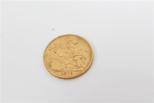 Lot 58 - G.B. gold sovereign Victoria Y.H. 1872M. VF (1...