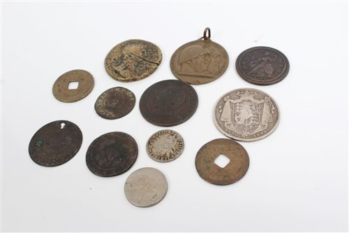 Lot 61 - World - mixed Coinsage - to include G.B....