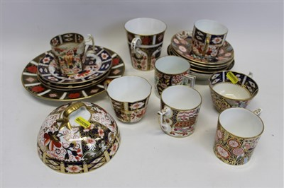 Lot 28-Selection of Royal Crown Derby Imari pattern teaware and plates (18 pieces)