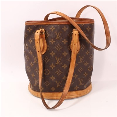 Lot 3051-Louis Vuitton vintage petite bucket bag