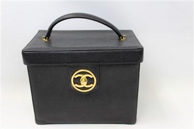 Lot 3065-Chanel Vanity Handbag