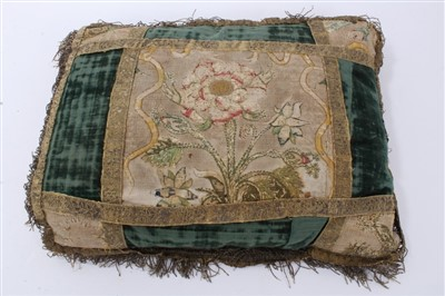 Lot 859 - Rare 17th century cushion