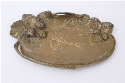Lot 866 - Albert Marionnet (1852-1910) late 19th century French Bronze vide poche dish