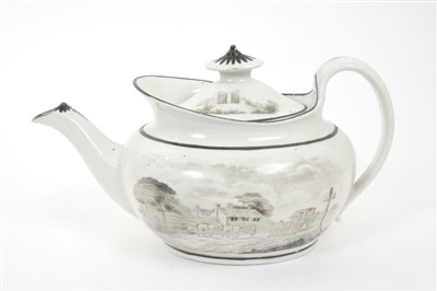 Lot 2-Late 18th century Newhall hardpaste porcelain teapot and cover