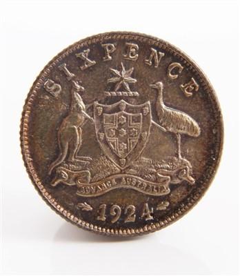 Lot 18-Australia – George V Sixpence