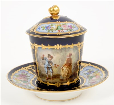 Lot 2-Sèvres trembleuse cup, cover and saucer
