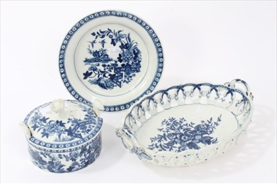 Lot 3-18th century Worcester butter tub and dish, circa 1770-1780, printed with the fence pattern, and a Worcester basket, circa 1770, printed with the Pinecone pattern (2)
