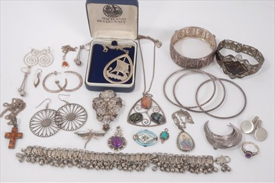 Lot 18-Group silver and white metal jewellery