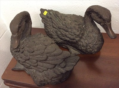 Lot 16-Pair of bronzed resin figures of ducks