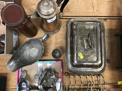 Lot 20-Group of plated items