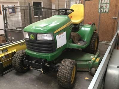 Lot 2-John Deere X748 Ultimate ride on petrol lawn tractor / lawn mower Model no. 3TNM72-BJLT