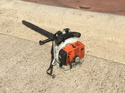 Lot 20-STIHL BR420 Backpack Blower, leaf blower