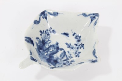 Lot 1-Worcester blue and white leaf shaped pickle dish