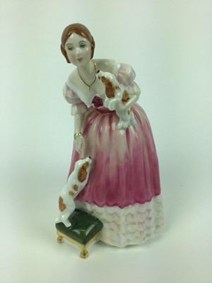 Lot 8-Royal Doulton limited edition figure - Queen Victoria HN3125, no 3578 of 5000, with certificate