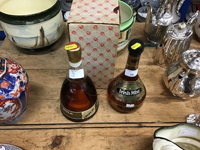 Lot 13-One bottle of Irish mist Liqueur together with a bottle of Bols Apricot Brandy (2)
