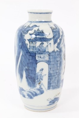 Lot 3 - Chinese blue and red Kangxi vase