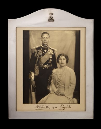 Lot 1 - TRH The Duke and Duchess of York (later TM...