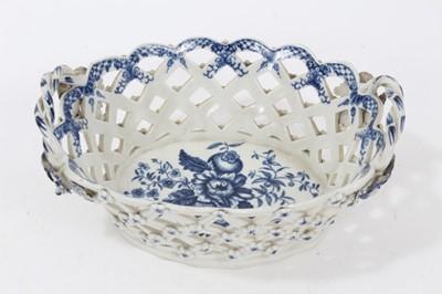 Lot 82 - Worcester Pinecone pattern basket, circa 1770