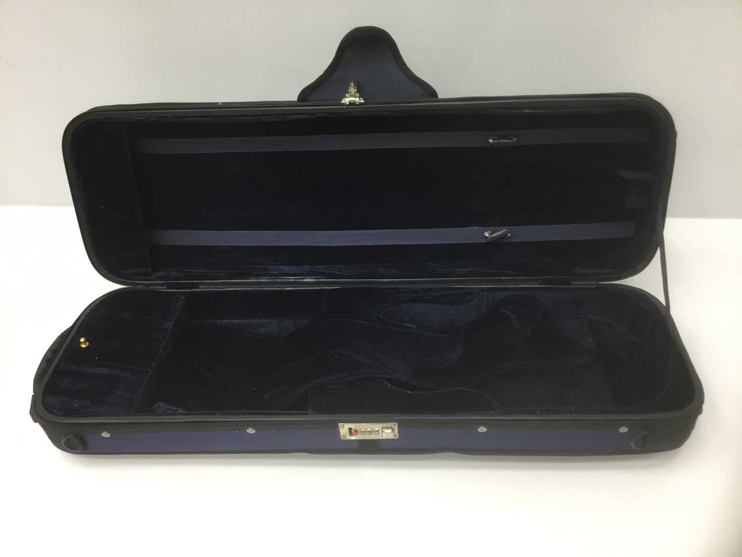 Lot 15-Good quality fitted violin case