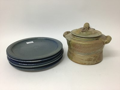 Lot 187 - Five Jane Hamlyn blue salt glazed studio pottery plates, 27.5cm diameter and a beige casserole dish with lid