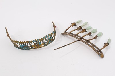Lot 5 - 19th c. Chinese gilt metal kingfisher feather tiara and Chinese gilt metal and jade hair ornament