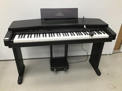 Lot 91 - Yamaha electric keyboard