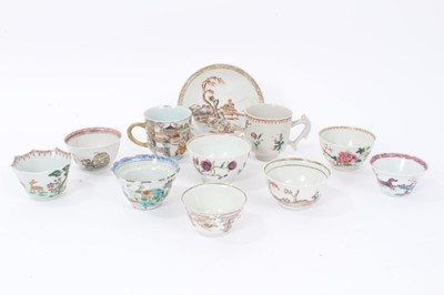 Lot 27 - 18th century Chinese export porcelain tea wares, including a finely painted figural cup, a floral painted cup, an enamelled tea bowl and saucer, and seven tea bowls with various patterns, including...