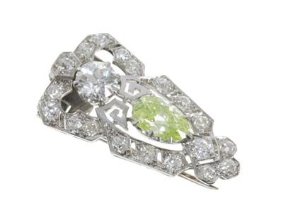 Lot 458 - Fine Art Deco Diamond dress clip retailed by Collingwood