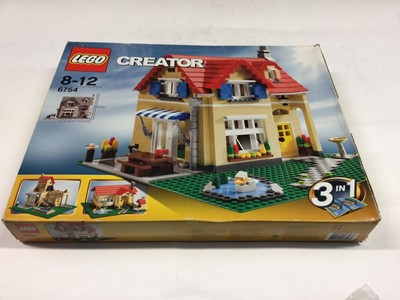 Lot 11 - Lego Creator 6754 Family House 3 in 1, with instructions, Boxed