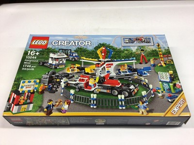 Lot 22 - Lego Creator Expert 10244 Fairground Mixer, 10245 Santa 's Workshop, including minifigs and instructions, Boxed