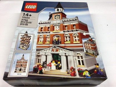 Lot 37 - Lego Building 10224 Town Hall, with instructions, Boxed
