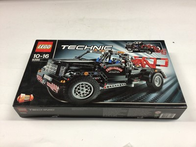 Lot 58 - Lego Technic 8244 Convertibles (1996), 8032 Universal Set, 9393 Tractor, 8256 Go-Kart 2 in 1, 8260 Tractor/ Mini Chopper, 8561Pohatu, 8533 Gali, 9395 Tow Truck, all with instructions, boxed