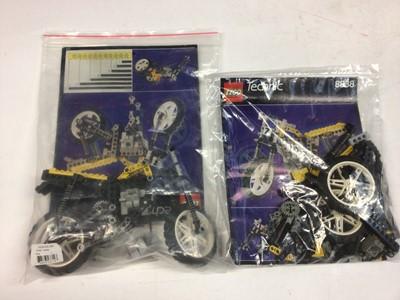 Lot 70 - Lego 8838 Motorbike x 2, 8207 Dune Dust Go-Kart, 8282 Quad Bike, 8034 Crane 3 in 1, 8840 Race Go-Kart all with instructions, 8842 Go-Kart with instructions available on line