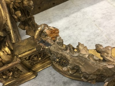 Lot 776 - 19th century marble topped carved gilt console table