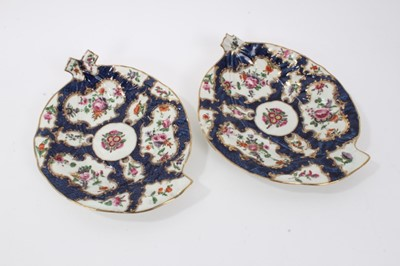 Lot 6 - Pair of Worcester leaf-shaped dishes, c.1770