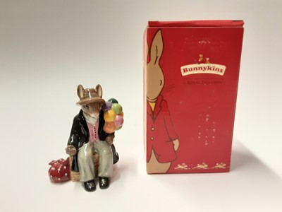 Lot 122 - Royal Doulton Bunnykins Balloon Man DB366 Limited Edition 799/2000, boxed