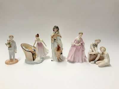 Lot 78 - Five Royal Doulton figures - Beat You To It HN2871, Ballet Class HN3134, A Hostess of Williamsburg HN2209, Countess Of Derby HN3442 and Lights Out HN4465