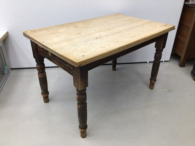 Lot 38 - Late Victorian pine kitchen table with single drawer, on turned legs