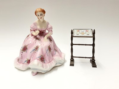 Lot 134 - Royal Doulton limited edition Gentle Arts figure - Tapestry Weaving HN3048 on plinth base, modelled by Pauline Parsons, number 429 of 750, boxed with certificate