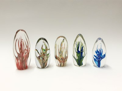 Lot 173 - Five Strathearn Art Glass 'Tropic' Paperweights (5)