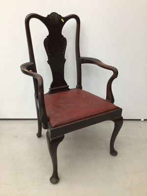 Lot 24 - George I style mahogany open elbow chair