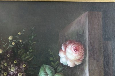Lot 36 - Good decorative oil on canvas - still life of summer flowers, in ebonised frame
